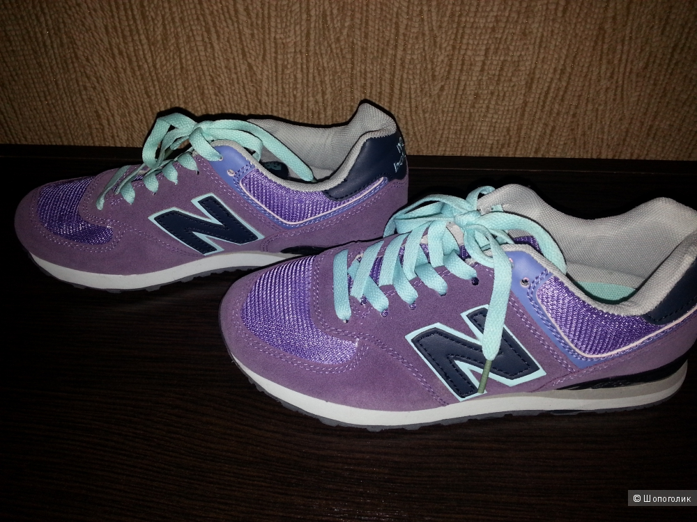 Кроссовки New Balance для зала