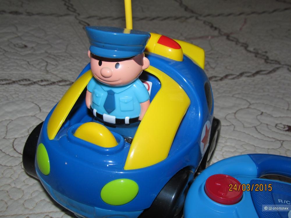 Машинка  с дистанционным управлением для малышей