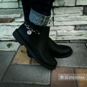 Продам ботиночки демисезонные черного цвета, эко кожа, р. 41
