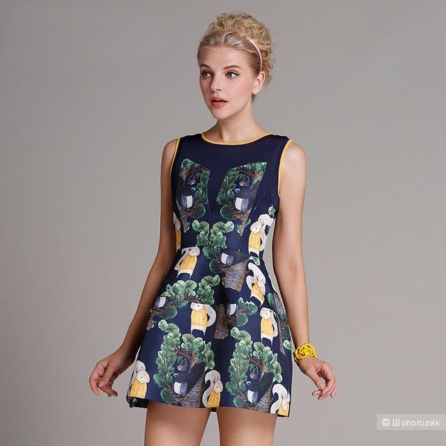 Платье с белками