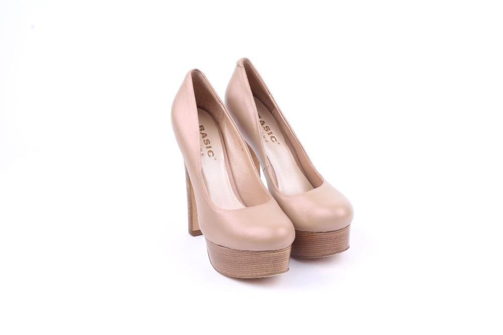 Туфли на высоком каблуке на платформе BASIC EDITIONS
