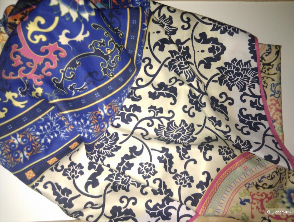 Платок шелковый плотный с узором