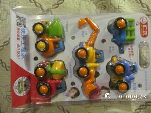 Набор машинок разноцветных детских