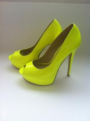 Продаю новые лаковые туфли, оригинал, Америка Aldo, р. 37