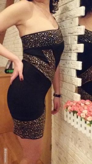Продаю платье-утяжка типа Herve Leger, р. 42-44