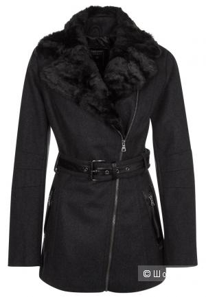 Продаю женское пальто Guess, цвет серый, шерстяное с меховым воротником
