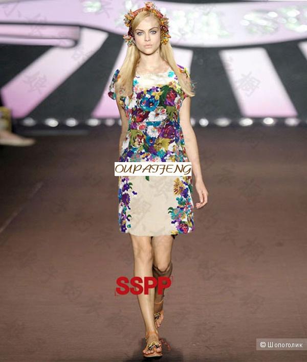 Красивое яркое платье с цветами Anna Sui (копия)