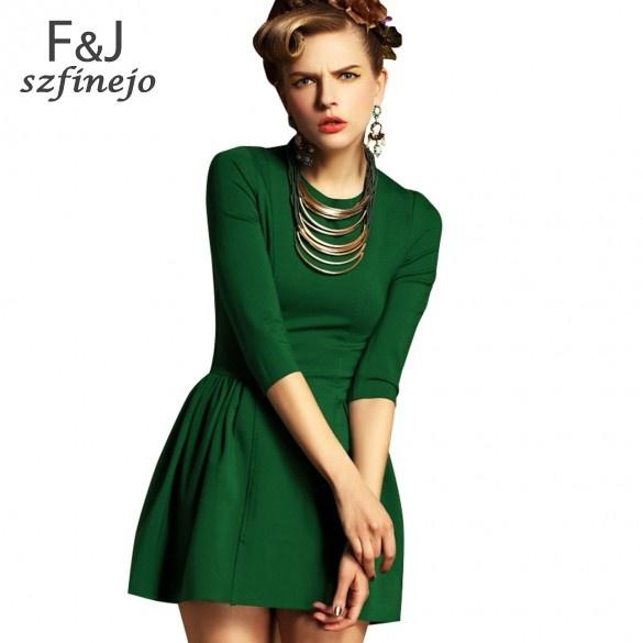 e5a97bf7d69 Продам красивое зеленое платье