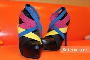 Яркие туфельки от victoria'a secret