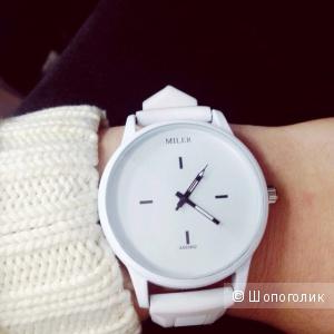 Женксие белые часы MILER