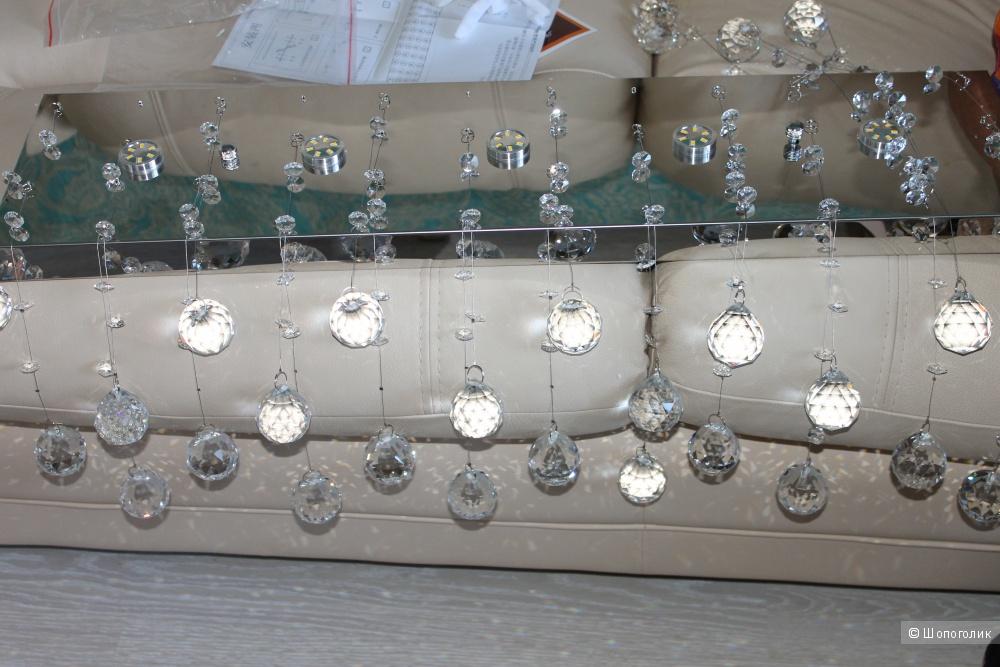 Шикарная люстра с шариками-кристаллами