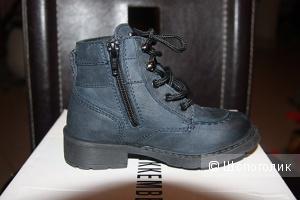 bikkembergs- Новые ботинки на мальчика 24 размер