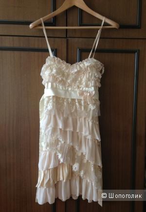 Продам платье итальянского брeнда RINASCIMENTO куплено в Сп.
