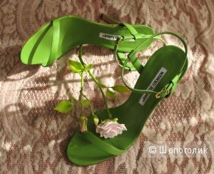 Зеленые босоножки Manolo Blahnik, маркировка 37.5 б/у