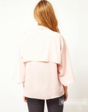 Очень оригинальная блузка-кейп пудрового цвета