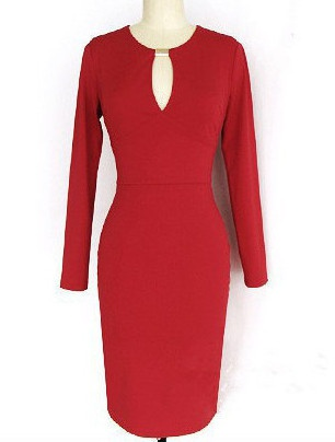 Новое красивое платье, красного цвета, размер L.