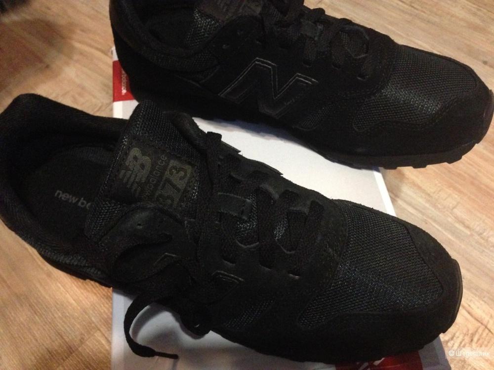 Мужские кроссовки New Balance 373 Suede Trainers