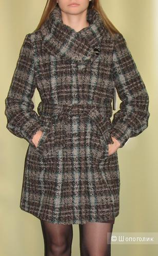 Клетчатое пальто VIA, размер 42-44