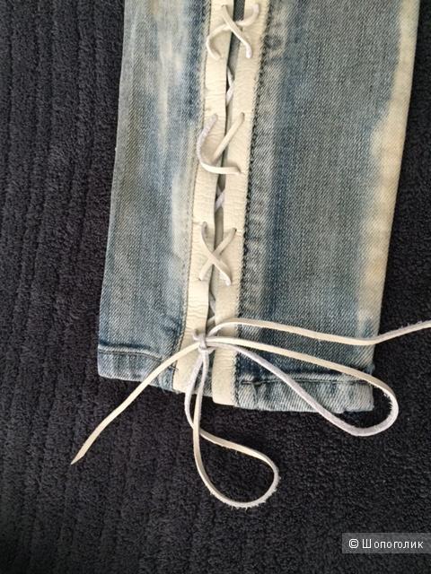 Джинсы  REPLAY с белой шнуровкой из кожи