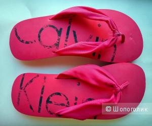 Новые сланцы Calvin Klein Swimwear