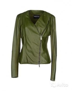 Продам новую кожаную куртку Emporio Armani 46 италянский размер