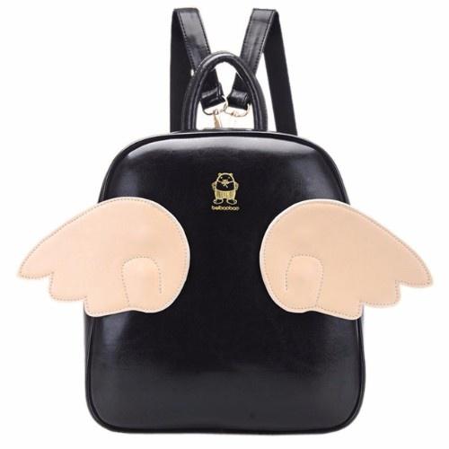 Новый рюкзак из искусственной кожи.