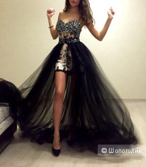 Вечернее платье в стразах со съемной юбкой