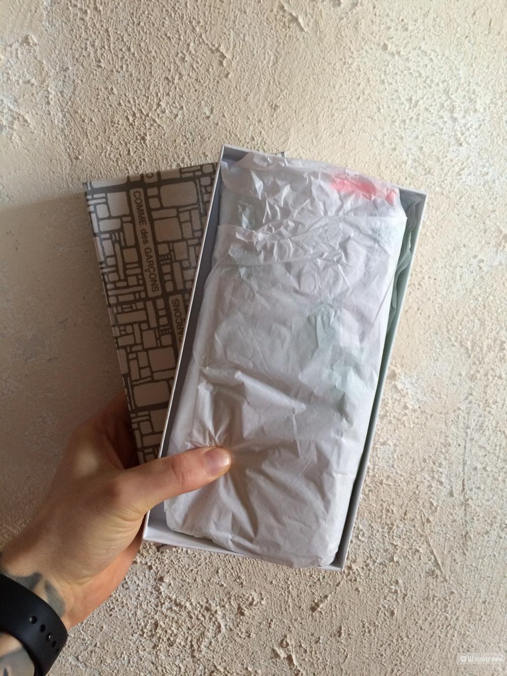 Продам новый ярко зеленый бумажник Comme Des Garcons (Испания)