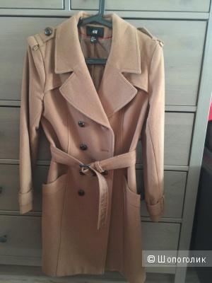 Классическое двубортное пальто верблюжьего цвета  HM  44-46