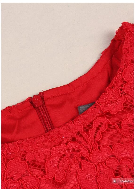 Элегантное красное кружевное платье