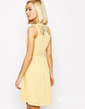 Платье VERO MODA с кружевной спинкой