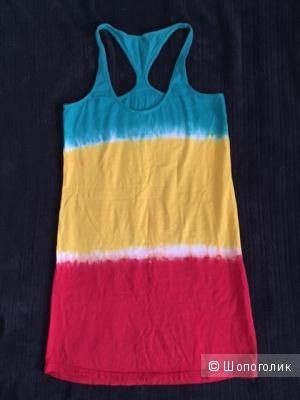 Яркое пляжное платье