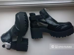 Ботинки новые River Island. Размер 6UK (38-39 русский), цвет - черный, материал - эко-кожа