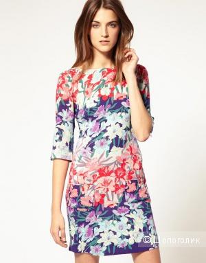Летнее платье с цветочным деграде Warehouse