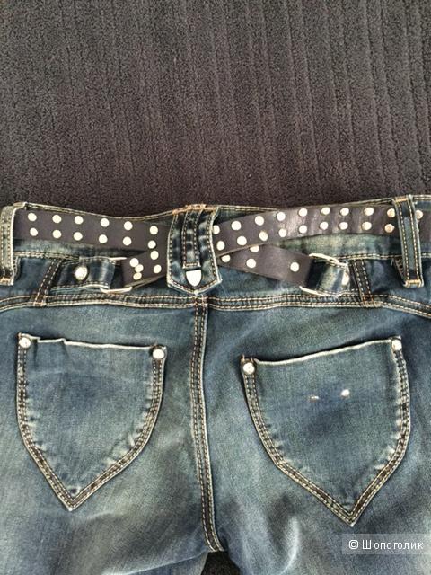 Стильные джинсы DLF