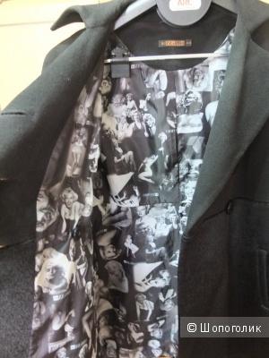 Деми-пальто Bizzarro 46-48 размер
