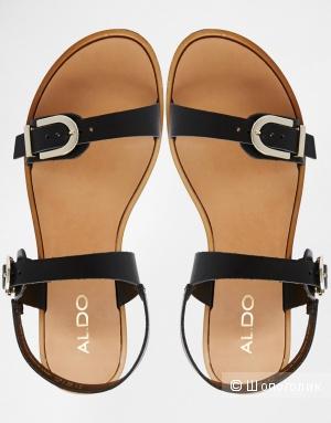 Новые кожаные сандалии ALDO UK5