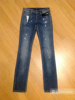 Пристрою новые джинсы Just Cavalli (made in Italy) 26 размера