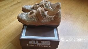 Крутейшие замшевые кроссовки для девочки 33 размер Cesare Paciotti 4 Us