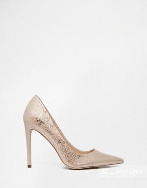 Туфли нюдовые на каблуке с острым носком ASOS PLATINUM