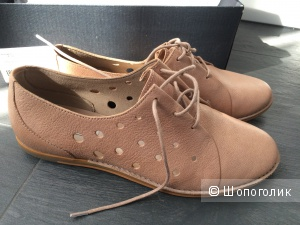 Новые кожаные ботинки английской марки Clarks