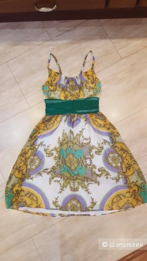 Новое шелковое платье Alexia Admor XS