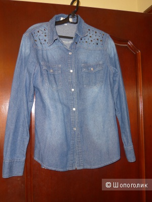 Джинсовая рубашка no name, но симпатичная:)