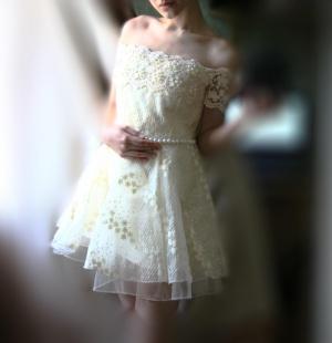 Волшебное платье с бусинами и кружевом