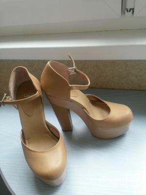 Кожаные туфли на платформе Asos