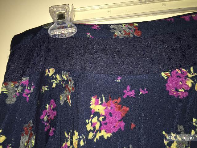 Юбка с цветочным принтом марки Candela размер М