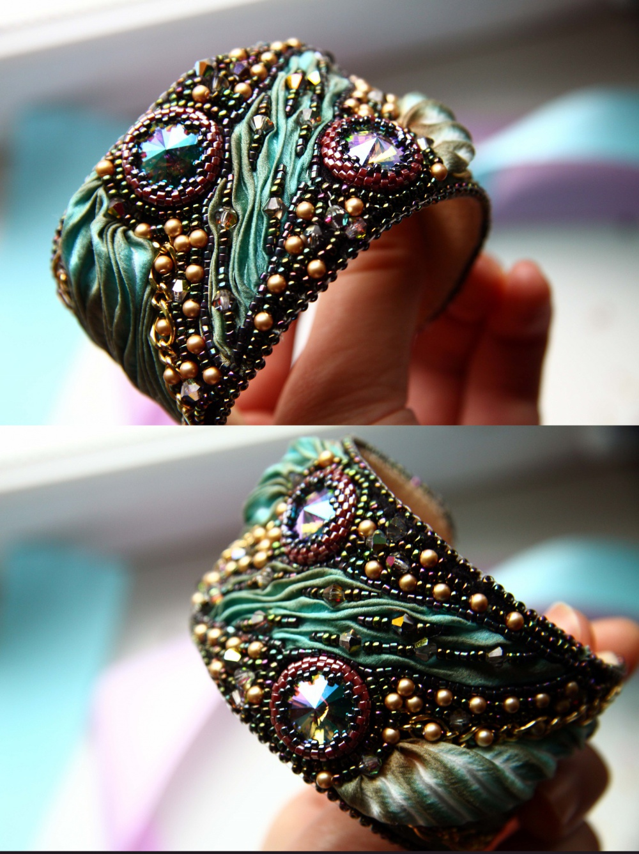 Невроятной красоты браслет с камнями сваровски из натуральной кожи и шелка