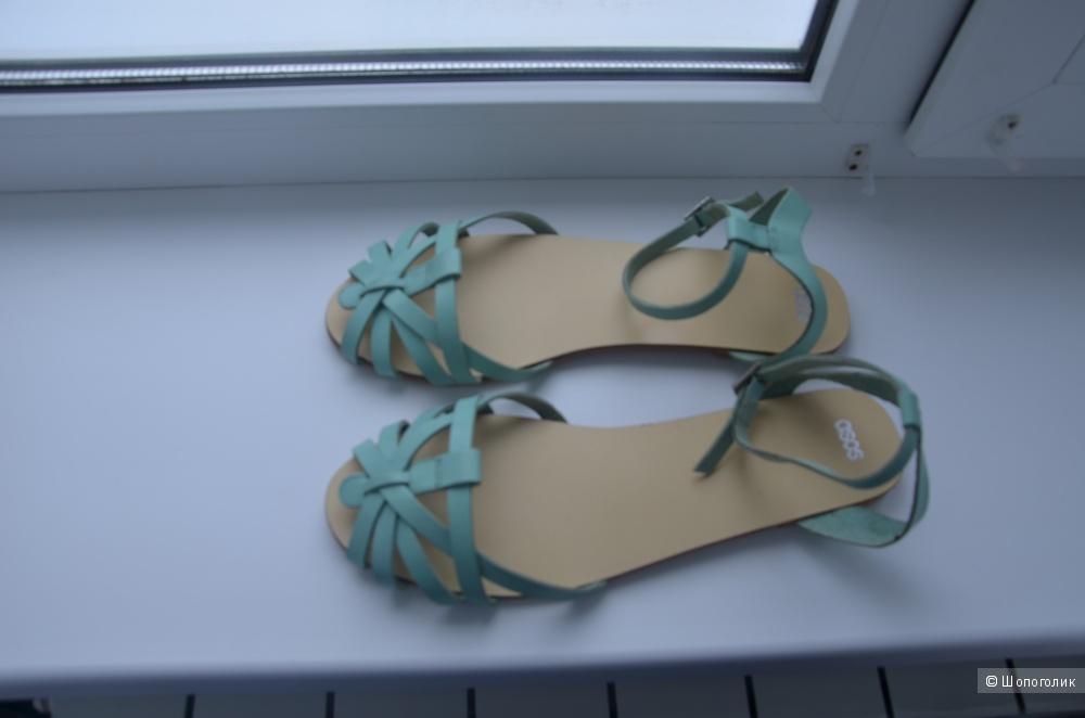 Новые кожаные сандалии ASOS FAITHLESS 40 размер