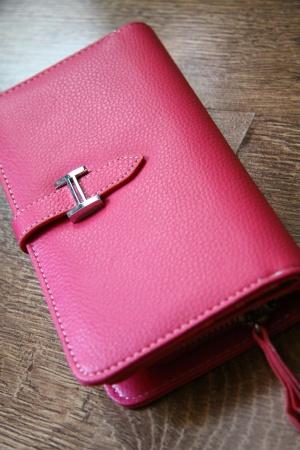 Розовый кошелек Hermes