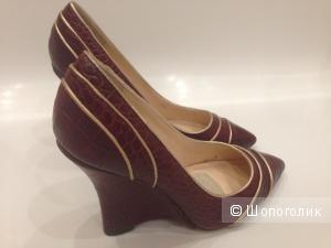 эксклюзивные туфли на скале от Adrienne Vittadini (Адриана Виттадини) р.38 новые